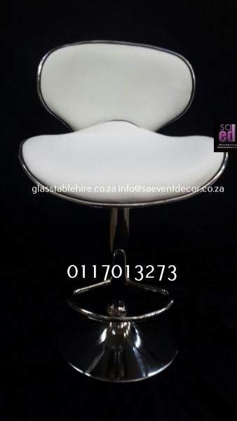 Aluminium & Wood Café Chair White Padded Leatherette Cocktail Chair