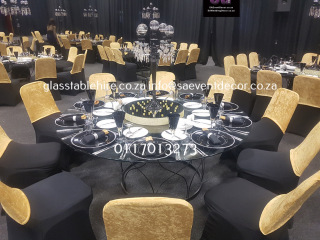Glass round table with designer table base 19 1820x1365@1x