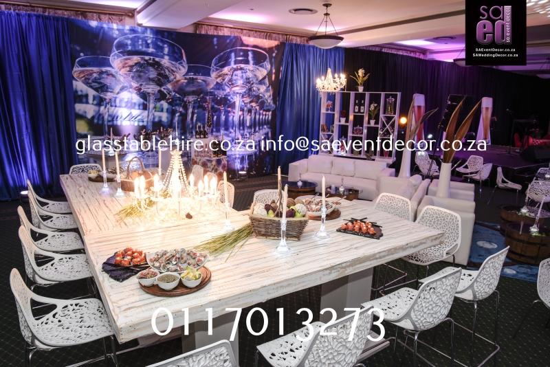 Indaba Hotel - Champagne Tasting - Vintage Look & Feel
