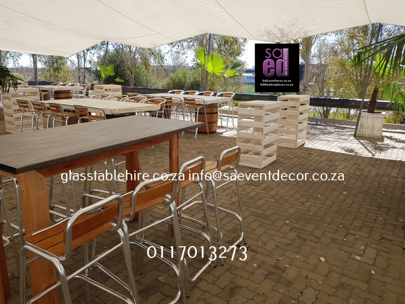 Conversation Table In Brown Wood & Melamine Top